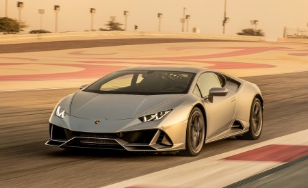 2019 Lamborghini Huracán EVO Front Three-Quarter Wallpapers 450x275 (62)