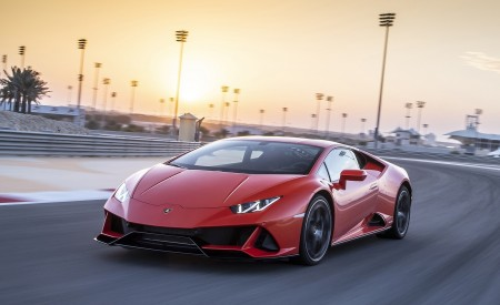 2019 Lamborghini Huracán EVO Front Three-Quarter Wallpapers 450x275 (41)