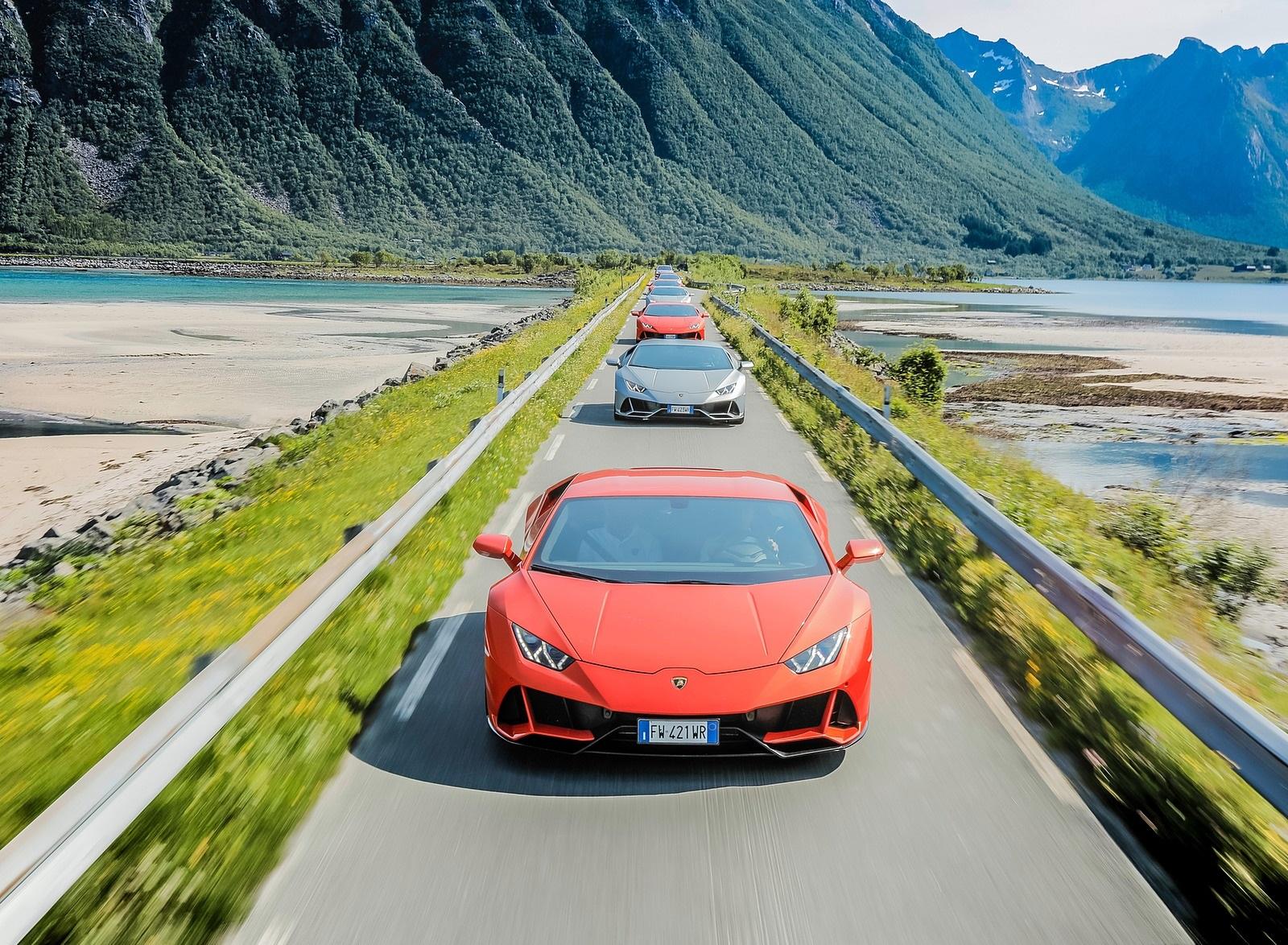 2019 Lamborghini Huracán EVO Front Wallpapers (2)