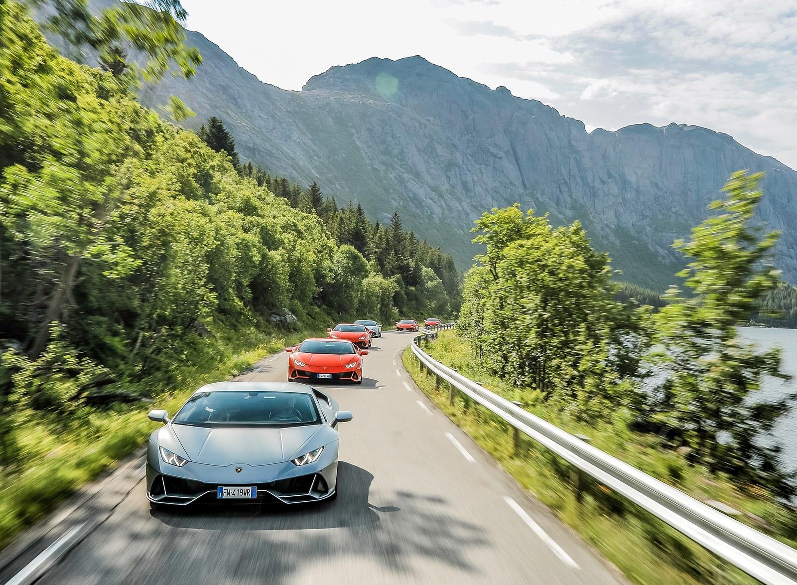 2019 Lamborghini Huracán EVO Front Wallpapers (6)