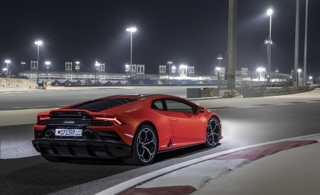2019 Lamborghini Huracán EVO Rear Three-Quarter Wallpapers 450x275 (71)