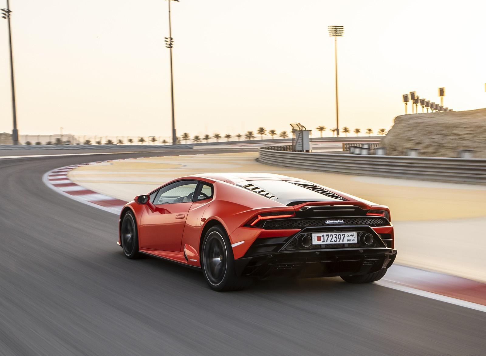 2019 Lamborghini Huracán EVO Rear Three-Quarter Wallpapers (12)