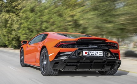 2019 Lamborghini Huracán EVO Rear Three-Quarter Wallpapers 450x275 (35)