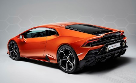 2019 Lamborghini Huracán EVO Rear Three-Quarter Wallpapers 450x275 (107)