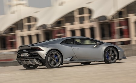2019 Lamborghini Huracán EVO Rear Three-Quarter Wallpapers 450x275 (63)