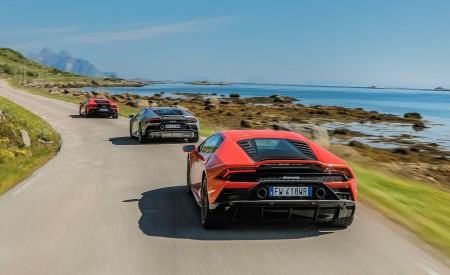 2019 Lamborghini Huracán EVO Rear Wallpapers 450x275 (26)