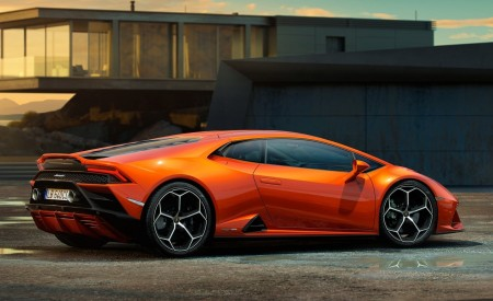 2019 Lamborghini Huracán EVO Side Wallpapers 450x275 (101)