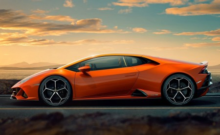 2019 Lamborghini Huracán EVO Side Wallpapers 450x275 (100)