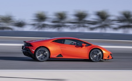 2019 Lamborghini Huracán EVO Side Wallpapers 450x275 (47)