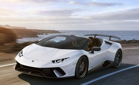 2019 Lamborghini Huracán Performante Spyder Front Three-Quarter Wallpapers 450x275 (61)