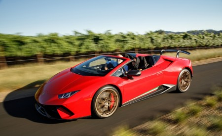 2019 Lamborghini Huracán Performante Spyder Front Three-Quarter Wallpapers 450x275 (18)