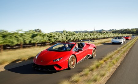 2019 Lamborghini Huracán Performante Spyder Front Three-Quarter Wallpapers 450x275 (5)