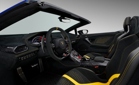 2019 Lamborghini Huracán Performante Spyder Interior Wallpapers 450x275 (80)