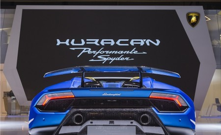 2019 Lamborghini Huracán Performante Spyder Rear Wallpapers 450x275 (88)