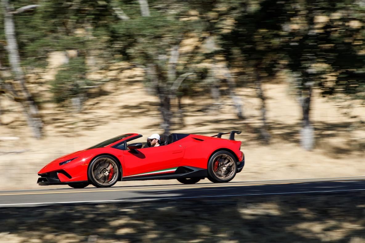 2019 Lamborghini Huracán Performante Spyder Side Wallpapers (14)