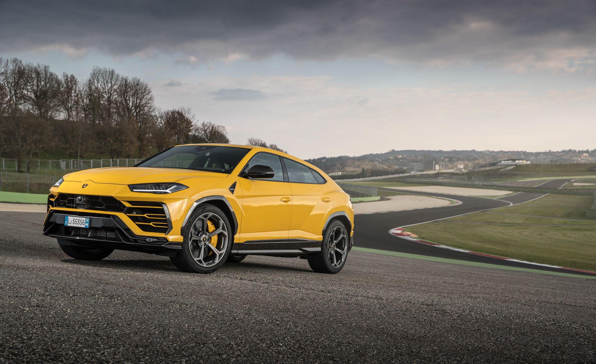2019 Lamborghini Urus Front Three-Quarter Wallpapers (15)