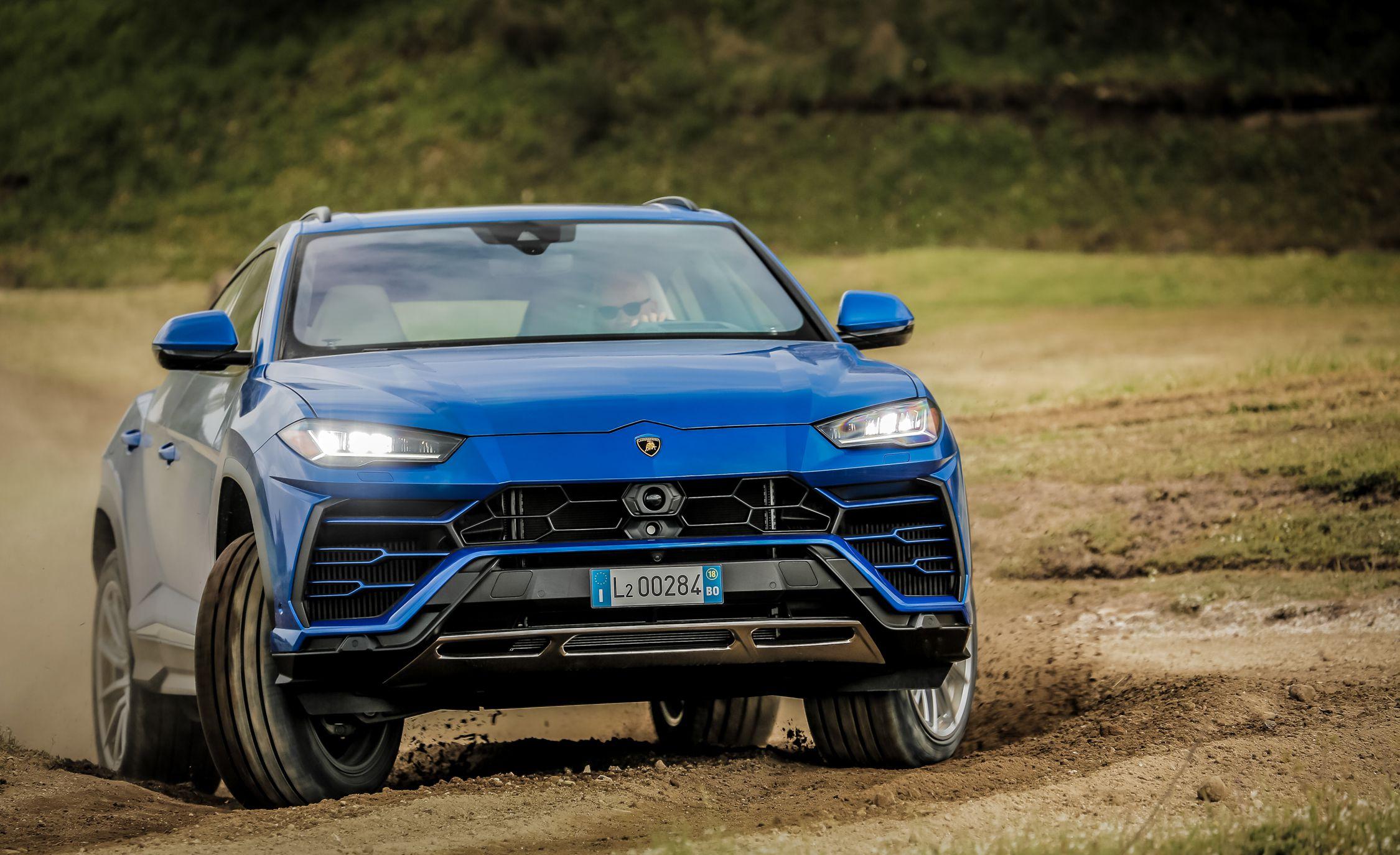 2019 Lamborghini Urus Off Road Wallpaper 49 Hd Wallpapers