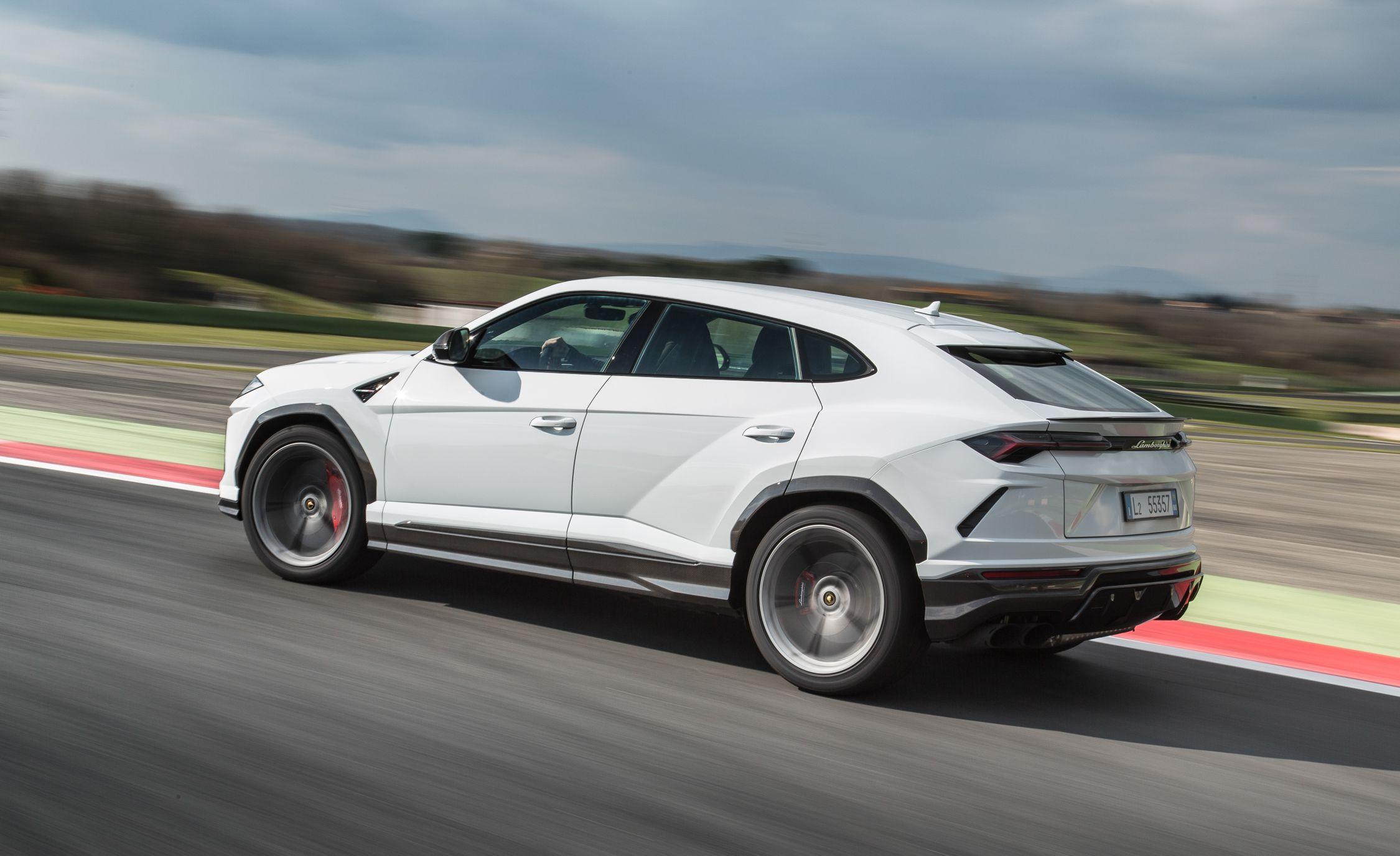 2019 Lamborghini Urus Rear Three Quarter Wallpaper 39 Hd Wallpapers