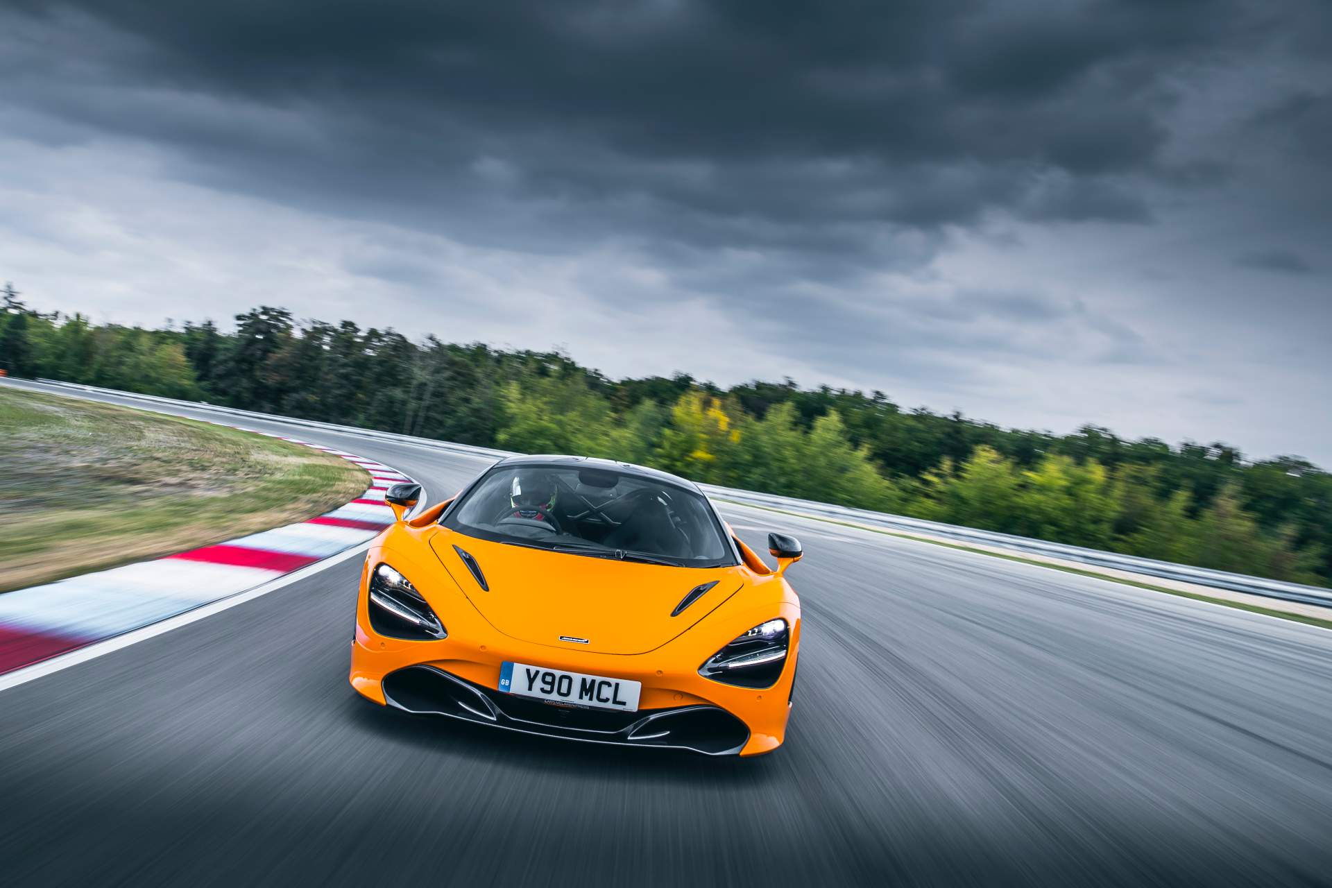 2019 McLaren 720S Track Pack Front Wallpaper (1)