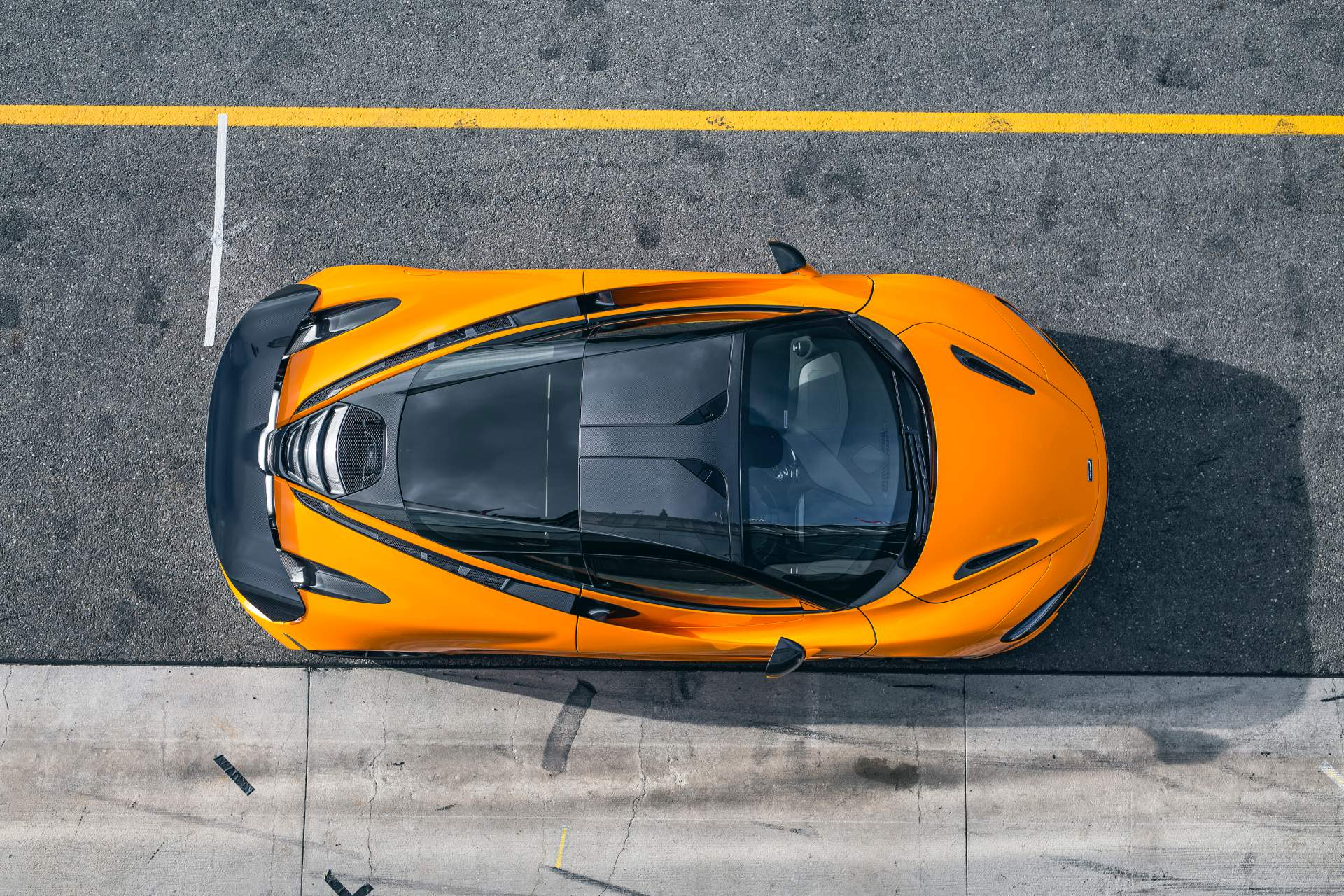 2019 McLaren 720S Track Pack Top Wallpaper (5)