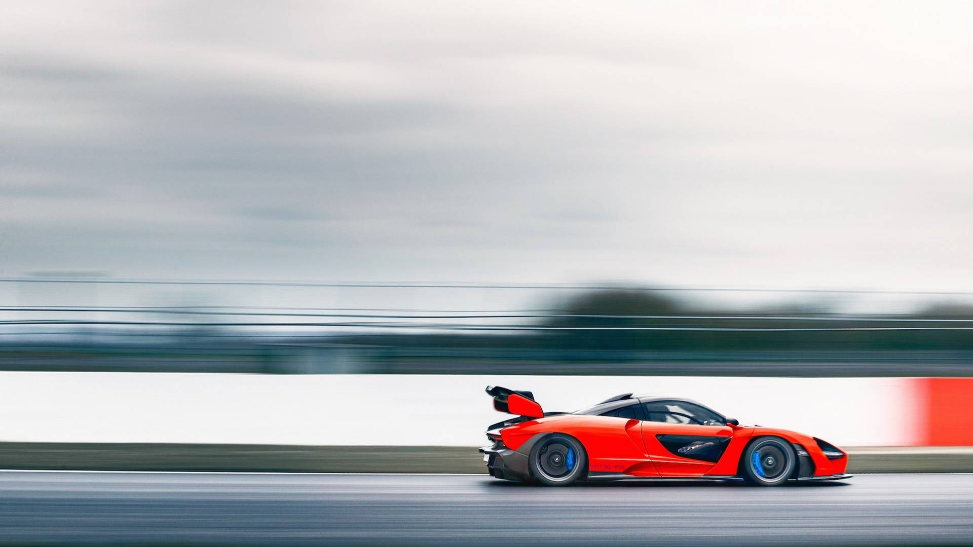 2019 McLaren Senna (Color: Delta Red) Side Wallpapers (8)