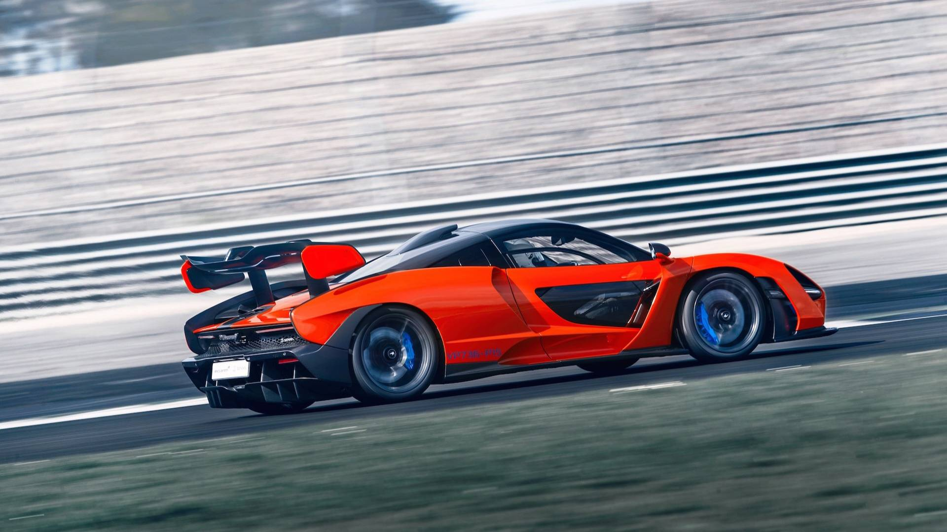 2019 McLaren Senna (Color: Delta Red) Side Wallpapers (7)