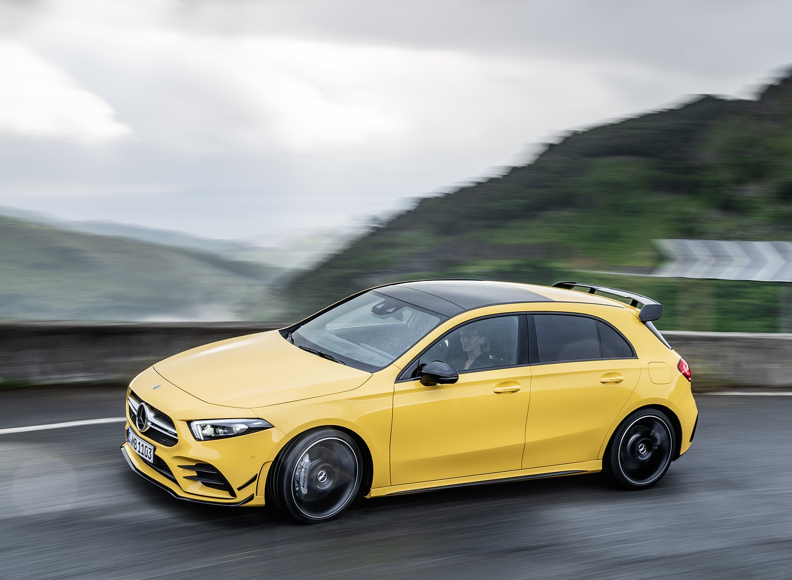 2019 Mercedes-AMG A35 4MATIC (Color: Sun Yellow) Front Three-Quarter Wallpapers #2 of 30