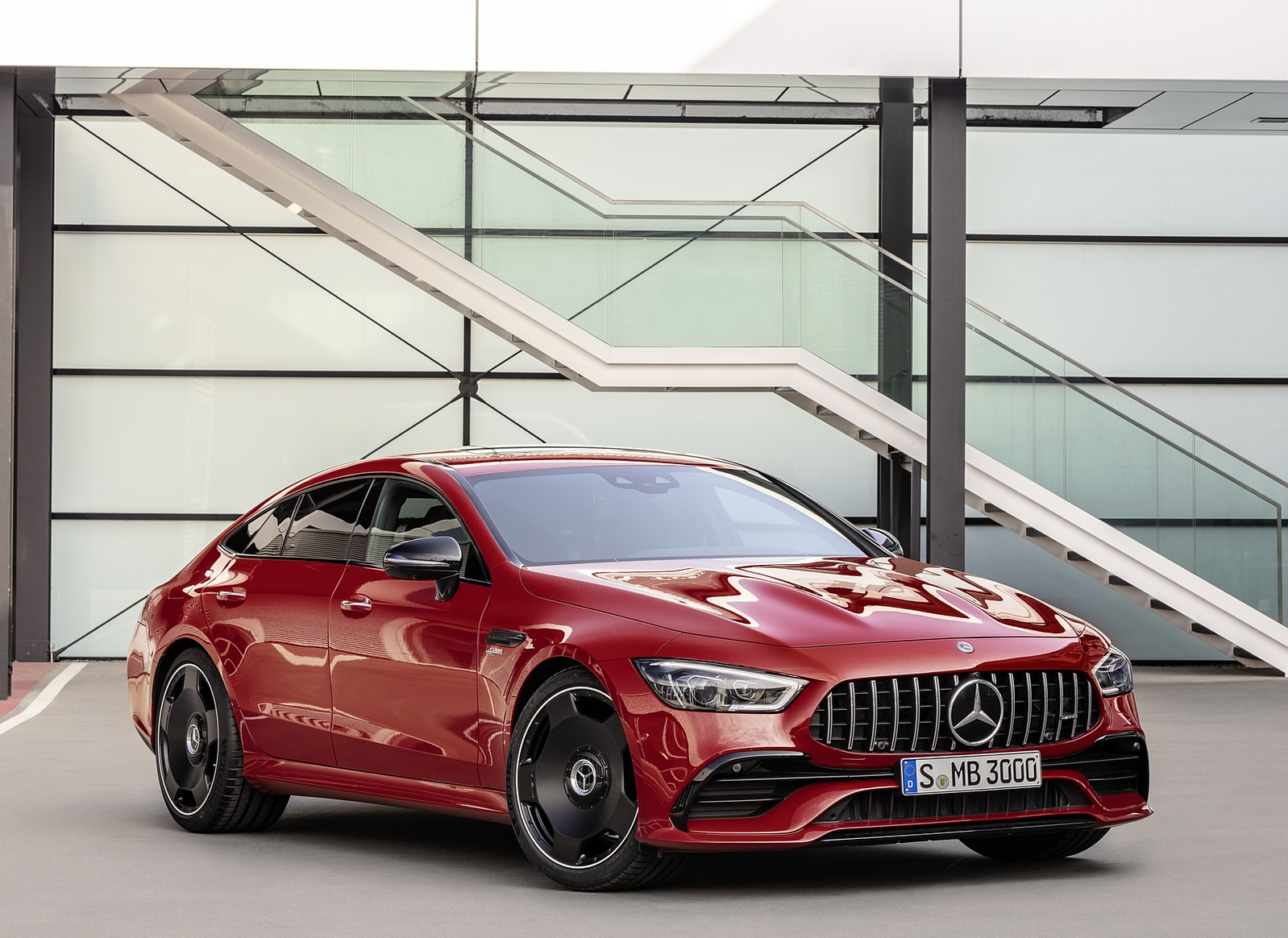 2019 Mercedes-AMG GT 43 4MATIC+ 4-Door Coupé (Color: Jupiter Red) Front Three-Quarter Wallpapers (4)