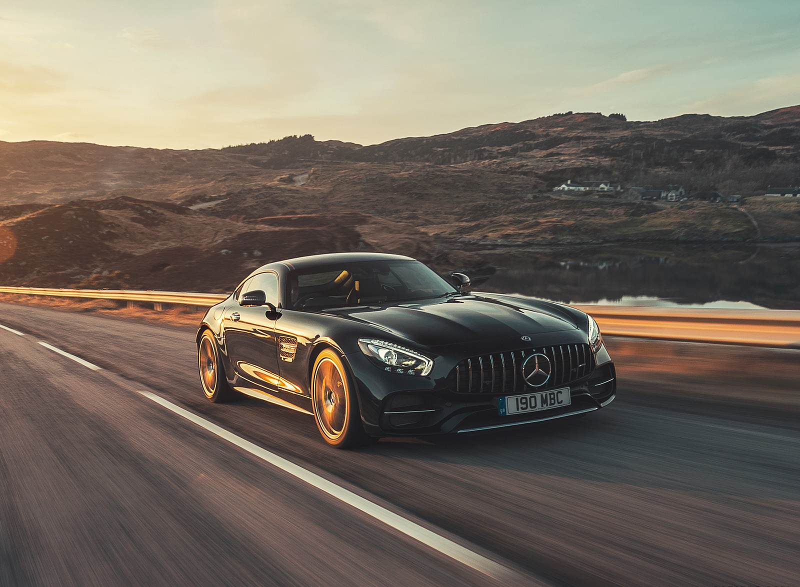 2019 Mercedes-AMG GT C Coupe Front Three-Quarter Wallpaper (9)