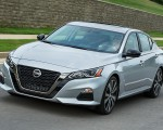 2019 Nissan Altima Front Three-Quarter Wallpapers 150x120 (22)