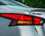 2019 Nissan Altima Tail Light Wallpapers 150x120 (29)