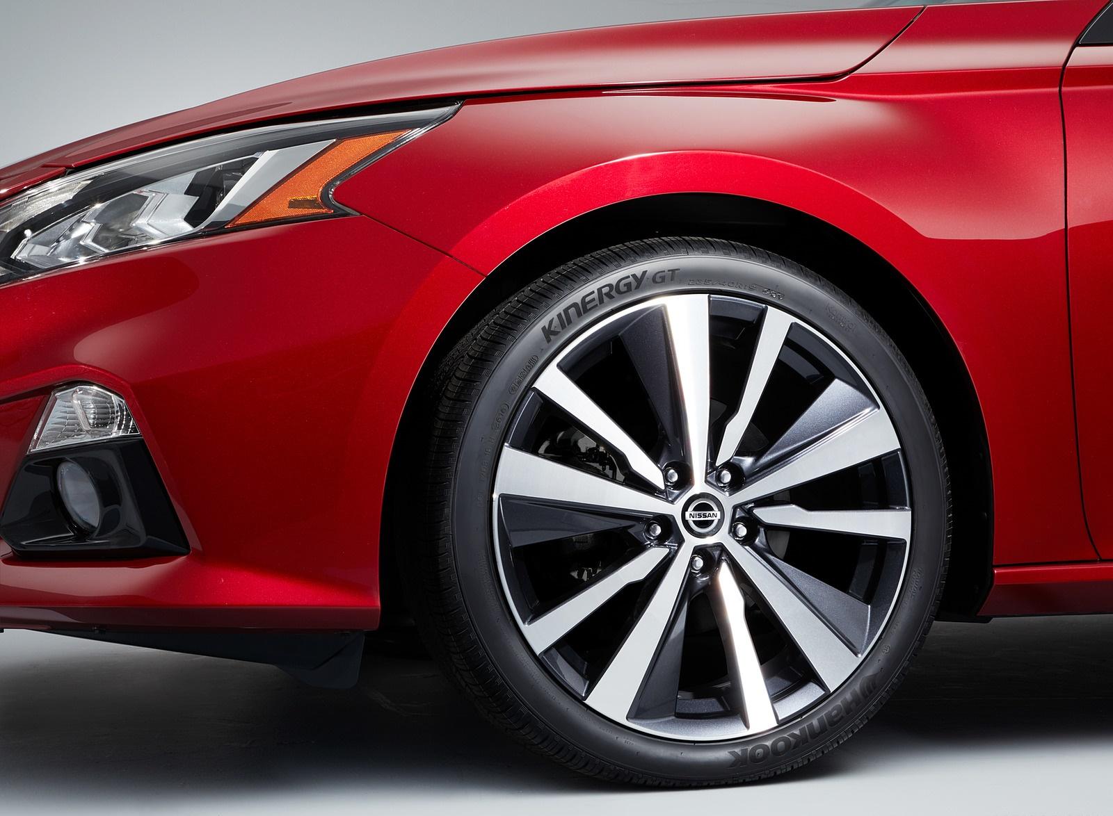 2019 Nissan Altima Wheel Wallpapers (13)