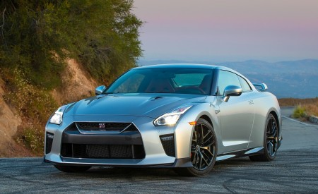 2019 Nissan GT-R Front Wallpapers 450x275 (7)