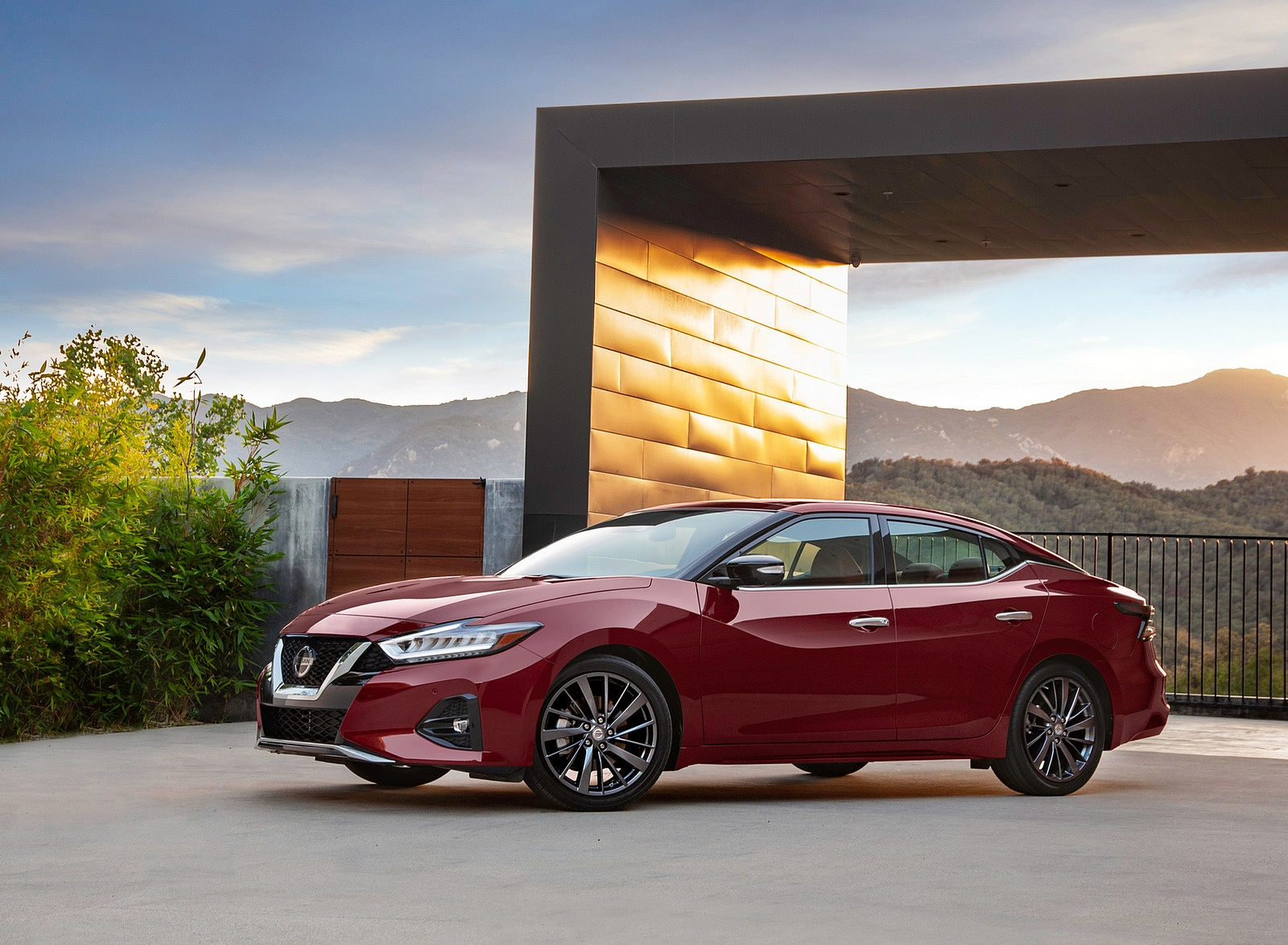 2019 Nissan Maxima Front Three-Quarter Wallpapers (3)