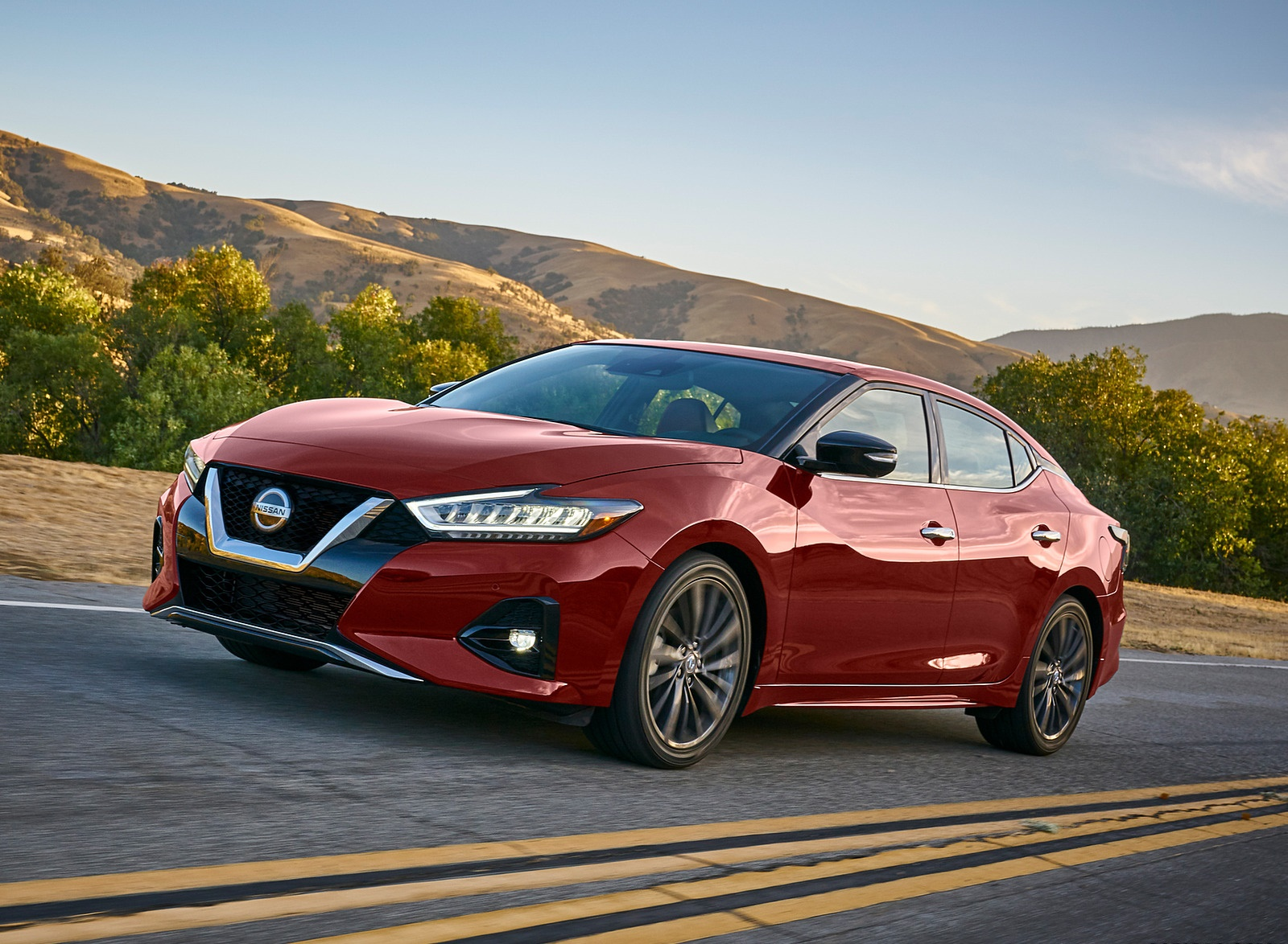 2019 Nissan Maxima Front Three-Quarter Wallpapers (5)