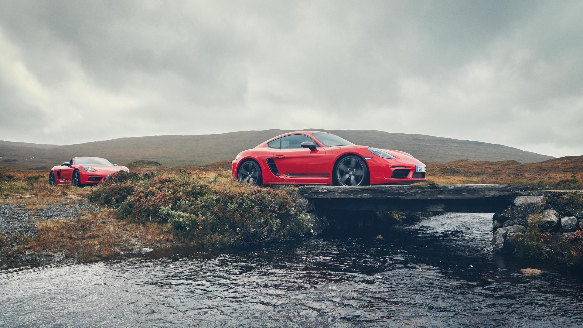 2019 Porsche 718 Boxster and Cayman T Front Three-Quarter Wallpaper (12)