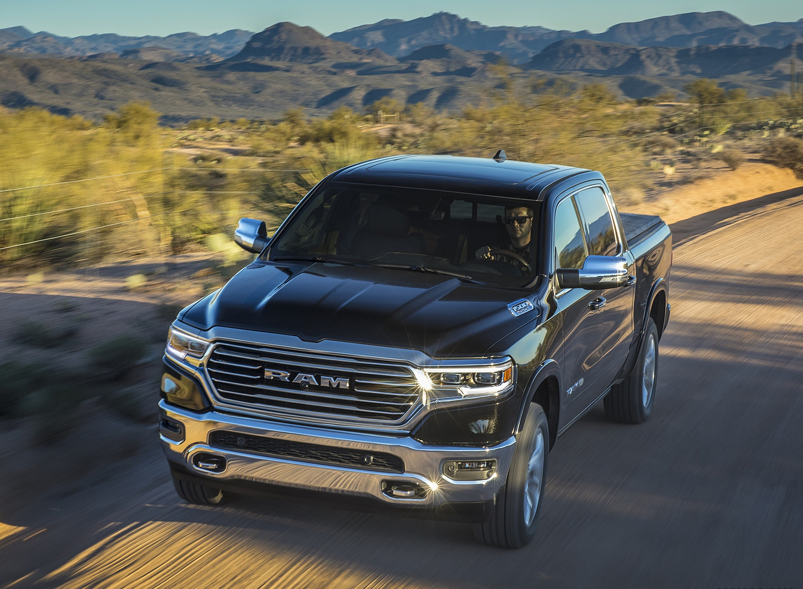 2019 Ram 1500 Laramie Longhorn Edition Front Wallpapers (1)