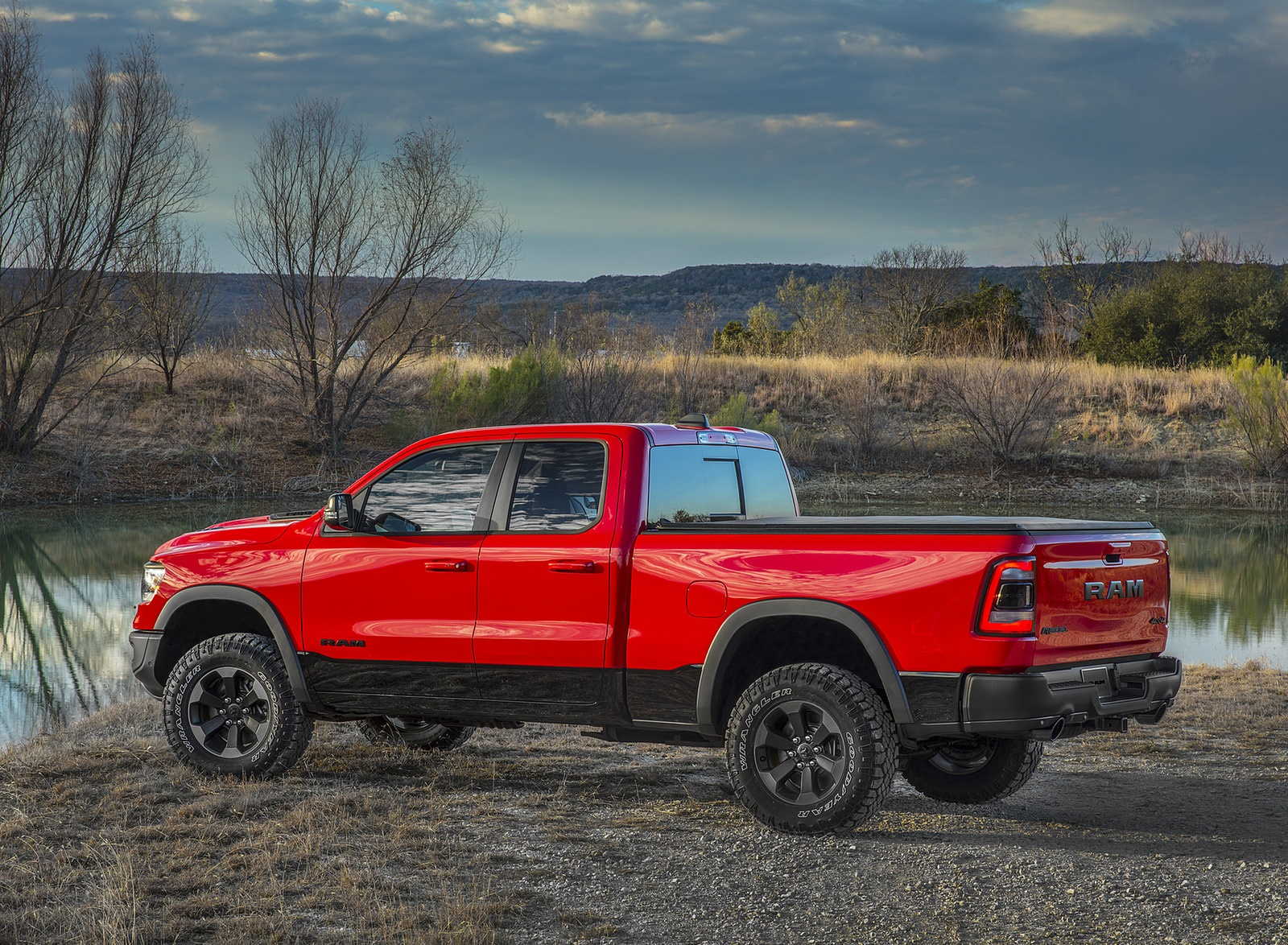 2019 Ram 1500 Rebel Rear Three-Quarter Wallpapers (8)