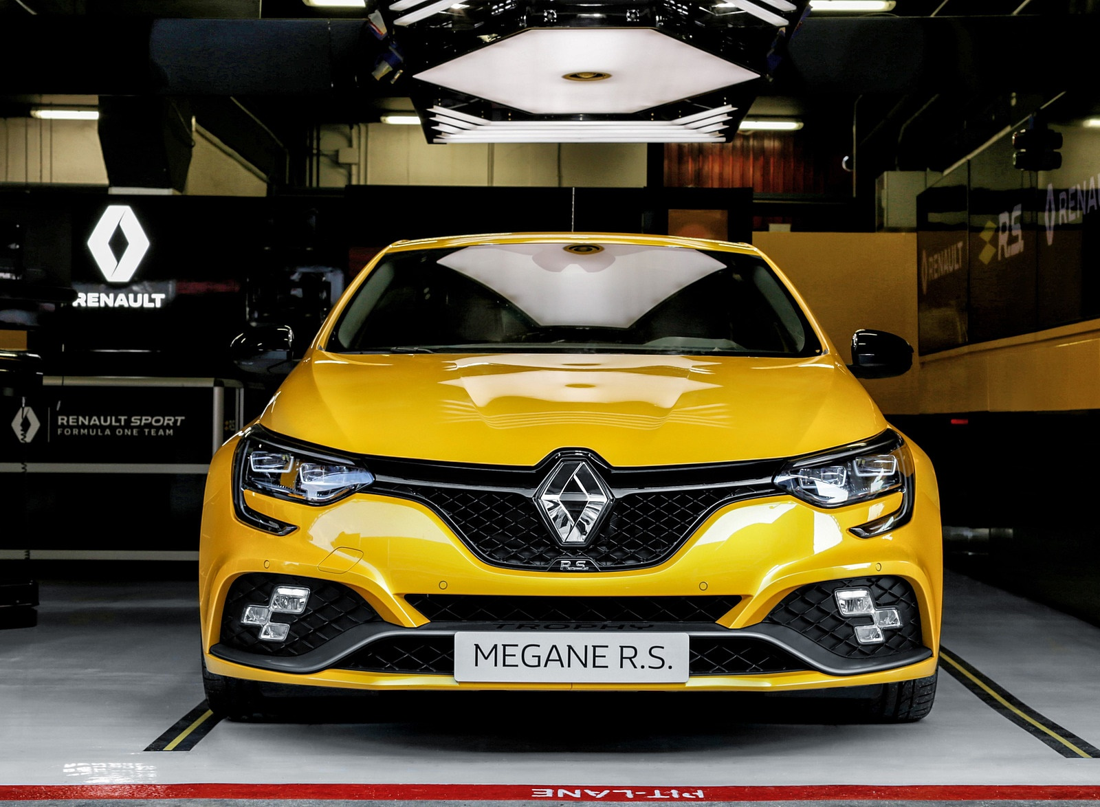 2019 Renault Megane R.S. Trophy Front Wallpapers (13)
