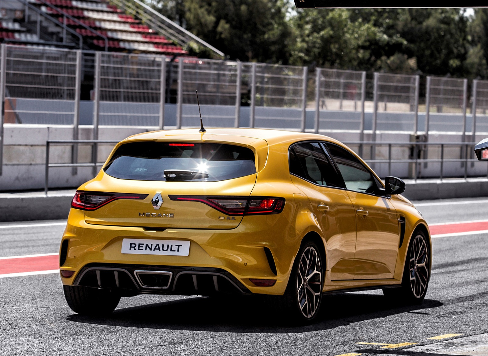 2019 Renault Megane R S Trophy Rear Three Quarter Wallpapers 4 Newcarcars
