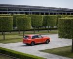 2019 Rolls-Royce Cullinan (Color: Fux Orange) Rear Three-Quarter Wallpapers 150x120 (31)