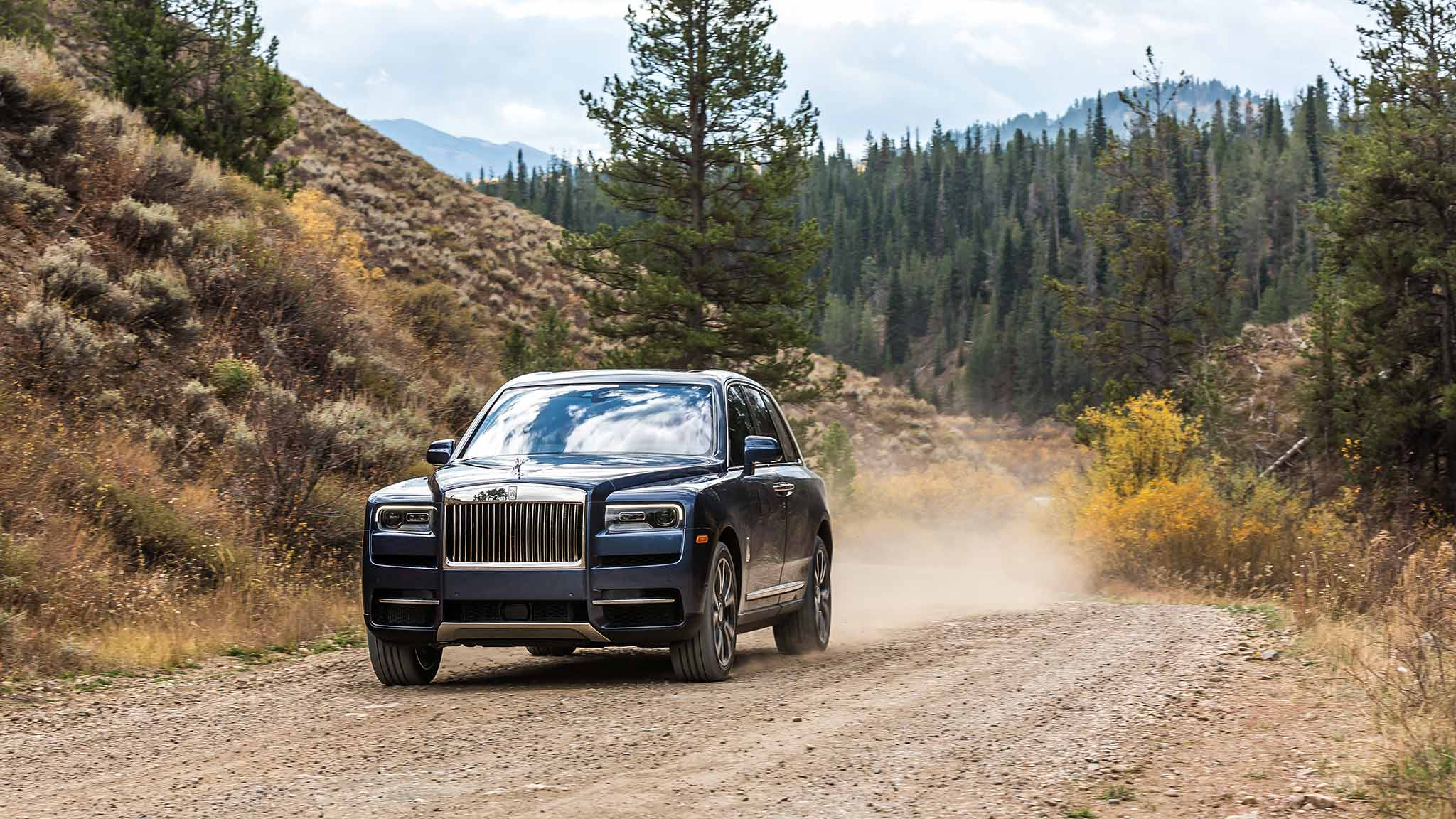 2019 Rolls Royce Cullinan Color Salamanca Blue Front Three Quarter Wallpapers 7 Newcarcars