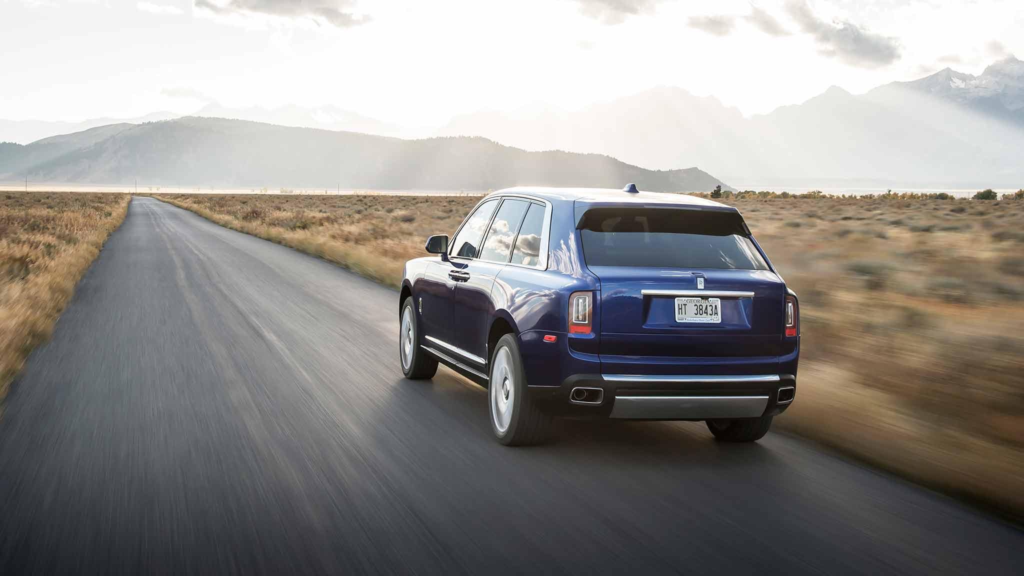 2019 Rolls-Royce Cullinan (Color: Salamanca Blue) Rear Three-Quarter Wallpapers (5)
