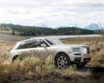 2019 Rolls-Royce Cullinan (Color: White Sands) Front Three-Quarter Wallpapers 150x120 (46)