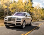 2019 Rolls-Royce Cullinan (Color: White Sands) Front Three-Quarter Wallpapers 150x120 (29)