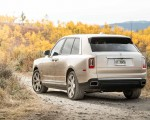 2019 Rolls-Royce Cullinan (Color: White Sands) Rear Wallpapers 150x120 (43)