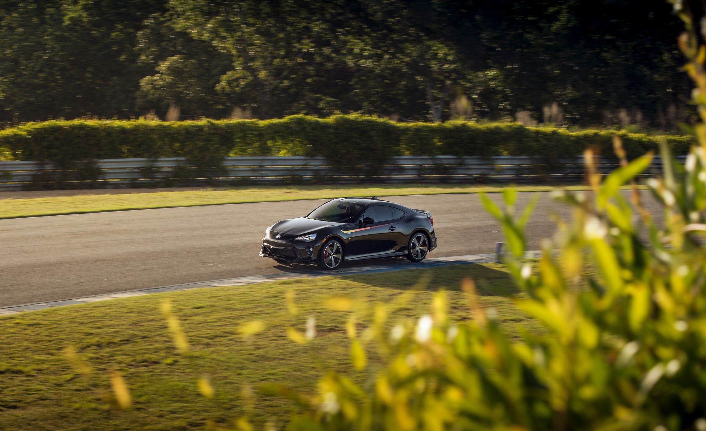 2019 Toyota 86 TRD Special Edition Front Three-Quarter Wallpaper (7)