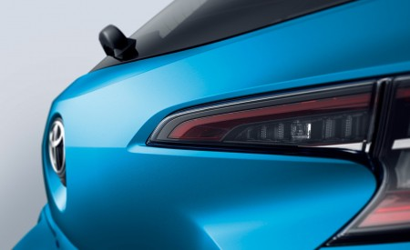 2019 Toyota Corolla Hatchback Detail Wallpapers 450x275 (14)