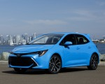 2019 Toyota Corolla Hatchback Front Three-Quarter Wallpapers 150x120 (23)