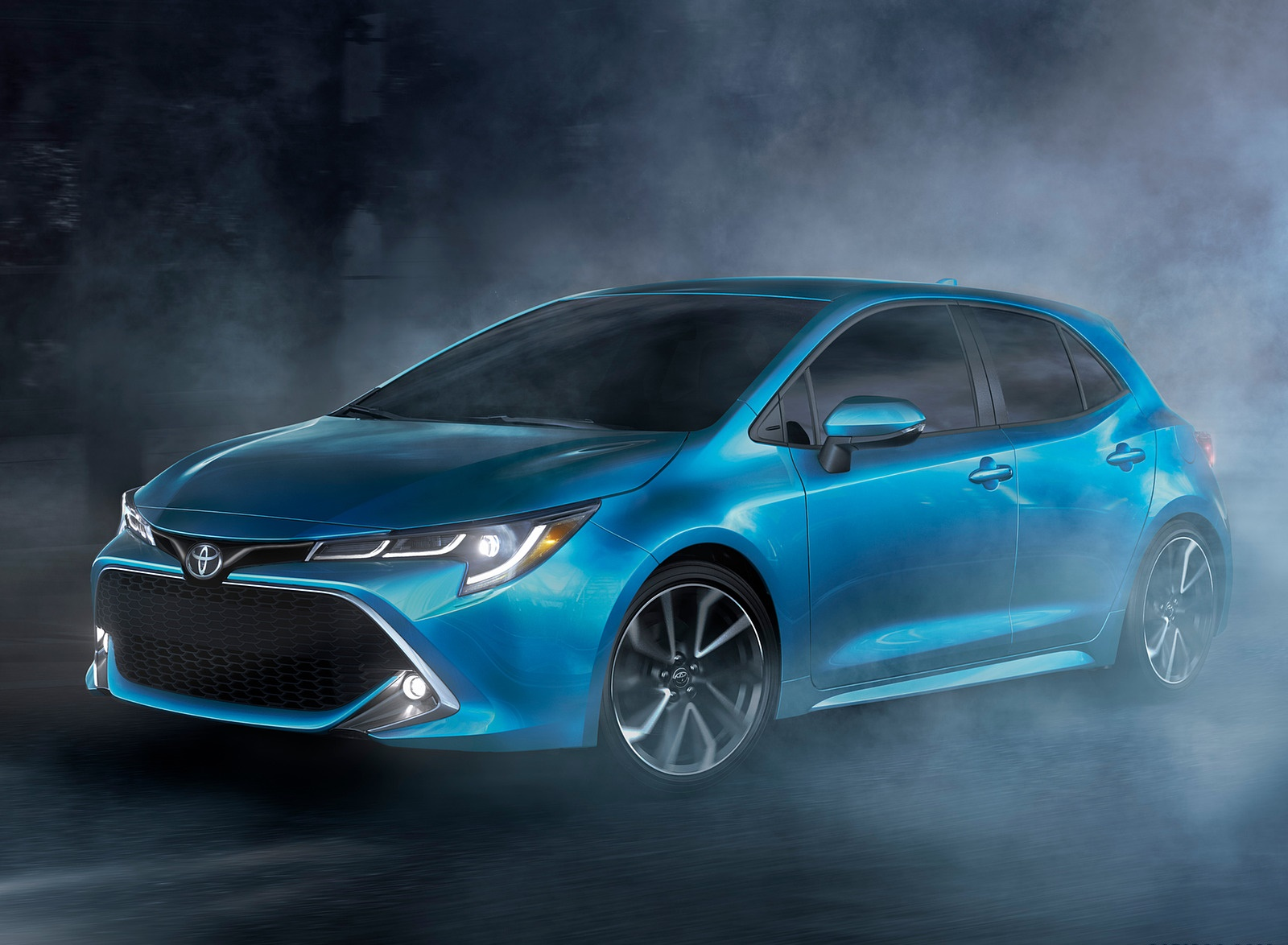 2019 Toyota Corolla Hatchback Front Three-Quarter Wallpapers (4)